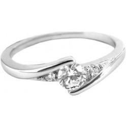Elegantní stříbrný prsten s bílými zirkony