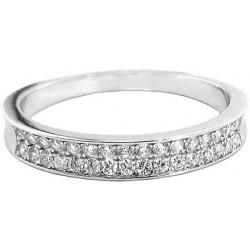Stříbrný prsten s bílými zirkony